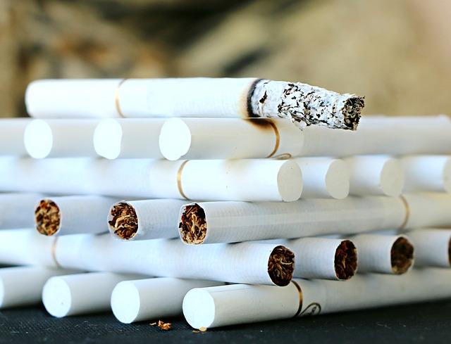 たばこ, 喫煙, 灰